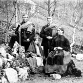 Photograph of estate workers, Andrew Clark, Flora Gillies, Willie Hall and Minnie Hall, on Invercreran Estate, 1866 (Crown Copyright, National Records of Scotland, GD1/1208/1/64)