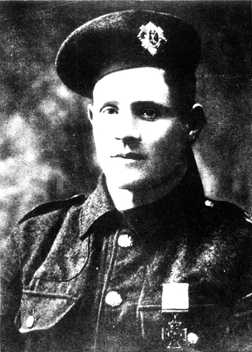 Private Robert Dunsire wearing his VC, circa 1915