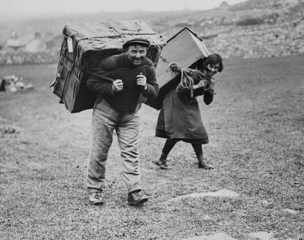 St Kildans evacuating the island in 1930, © Newsquest (Herald and Times), Licensor www.scran.ac.uk