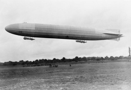 Photograph of Zeppelin L13